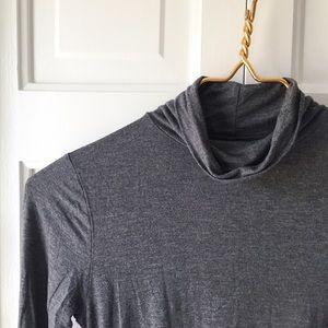 GAP Pure Body Maternity Shirt